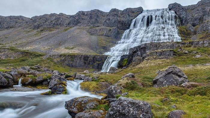 isladia cascada bonita