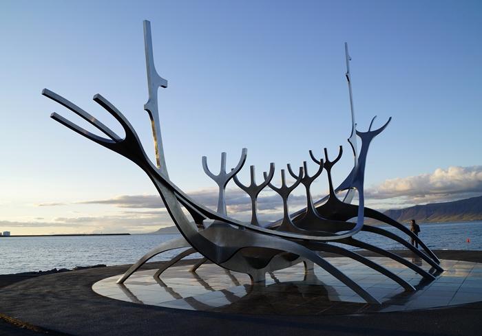 islandia reykiavik monumento
